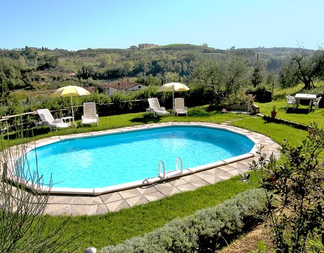 Piscina a Borgo Sorripa